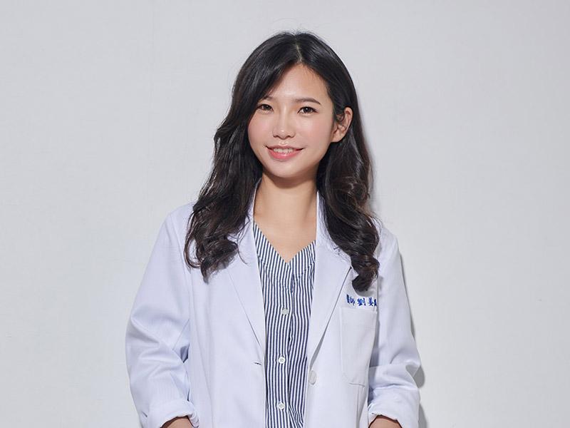 劉姜麟醫師-m
