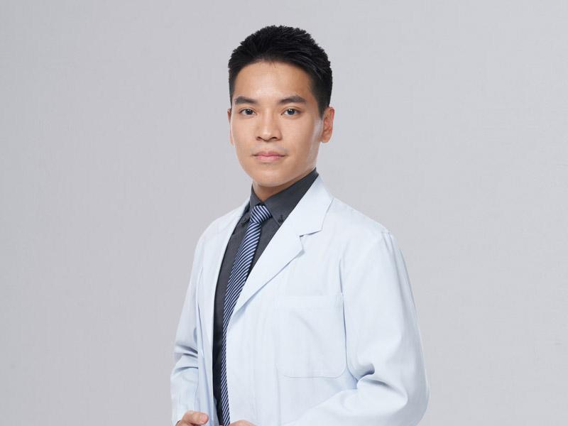 盧冠廷醫師-m